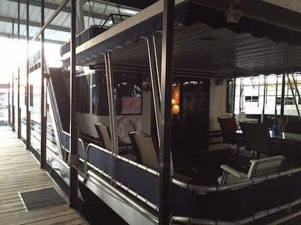 1997 LAKEVIEW YACHTS 16 x65 Houseboat