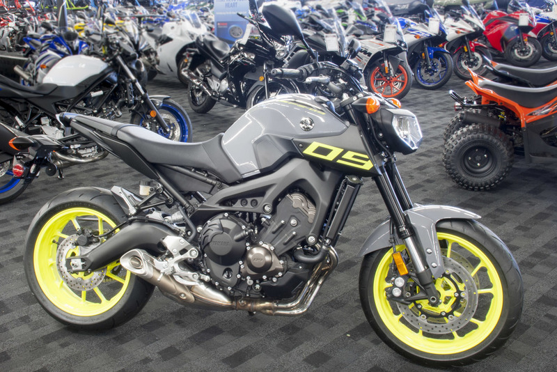 yamaha fz 09 motorcycles for sale in san bernardino california. Black Bedroom Furniture Sets. Home Design Ideas
