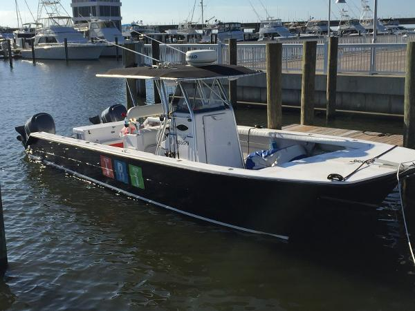 2006 Twin Vee 32 Center Console