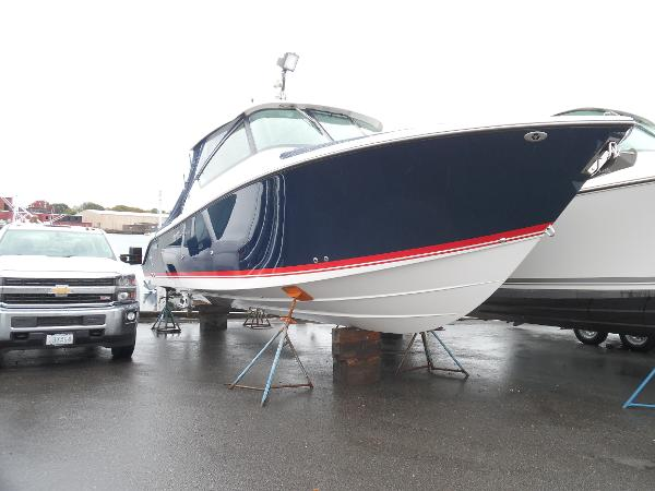 2016 Pursuit DC 295 Dual Console