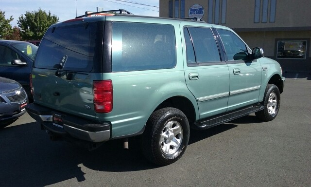 1997 Ford Expedition XLT 4dr 4WD SUV