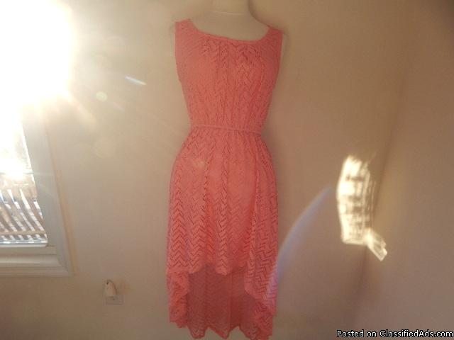 OVER 1000 CLOTHING ITEMS AT BARGAIN PRICES