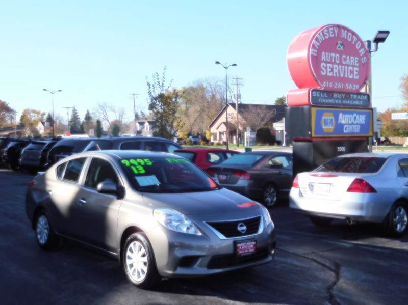 nissan cars for sale in milwaukee wisconsin. Black Bedroom Furniture Sets. Home Design Ideas
