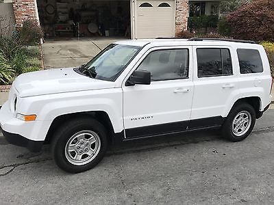 2015 Jeep Patriot 4 DOOR SUV 2015 Jeep Patriot Sport, White, FWD, Pristine