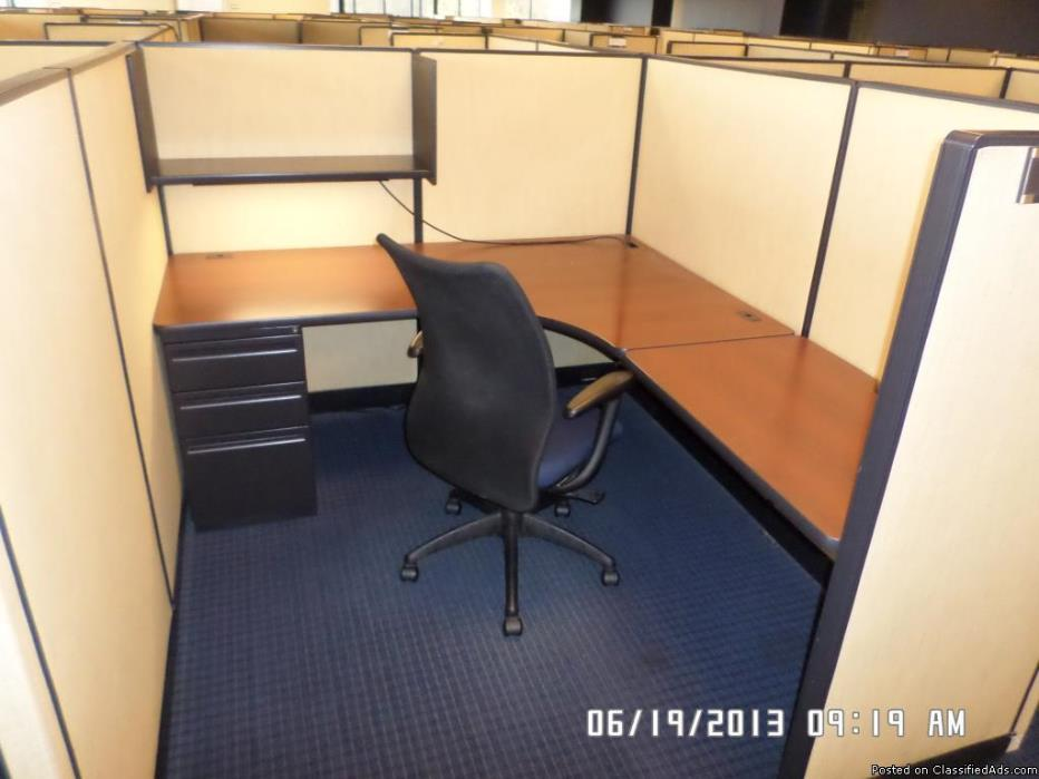COFL-054 - beige - 6 x 7 Haworth Places Cubicles
