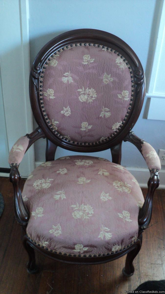 Victorian Gents Parlor Chair