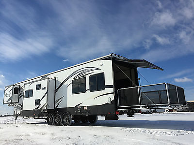 2015 TORQUE SS 43' 5TH TOY HAULER 1.5 BATH 3S PARTY DECK RAPTOR FUZION CYCLONE