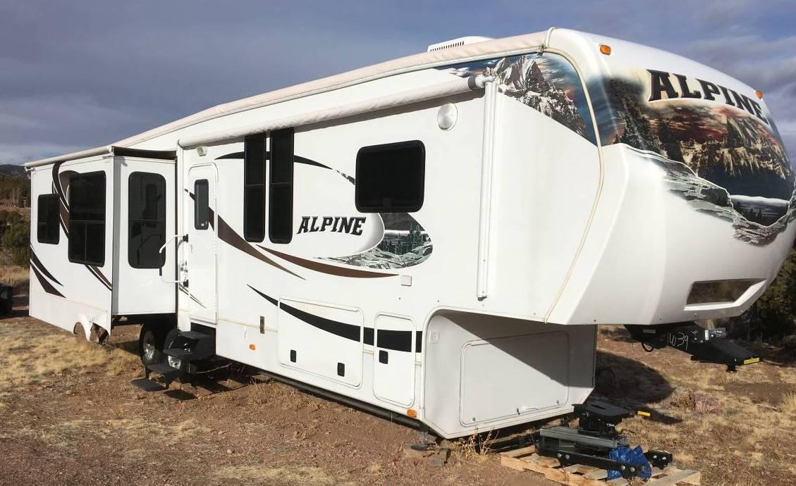 2010 Keystone Alpine M-3450RL
