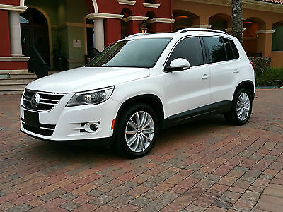 2011 Volkswagen Tiguan SEL 2011 VW Tiguan SEL - w/Navigation Candy White / Super Clean