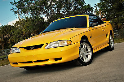 1998 Ford Mustang GT Convertible 2-Door 1998 Ford Mustang GT Convertible 2-Door 4.6L