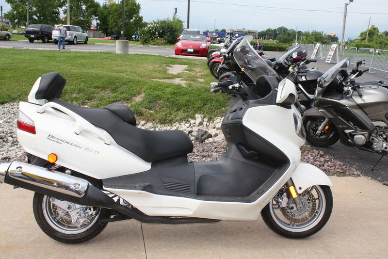 suzuki burgman 650 exec motorcycles for sale in st charles missouri. Black Bedroom Furniture Sets. Home Design Ideas
