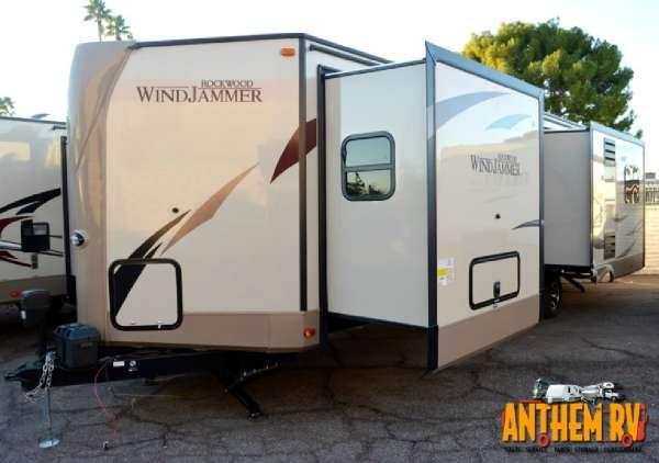 2017 Rockwood Windjammer 3029W
