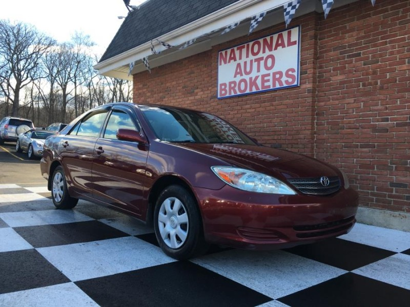2004 Toyota Camry 4dr Sdn LE Auto