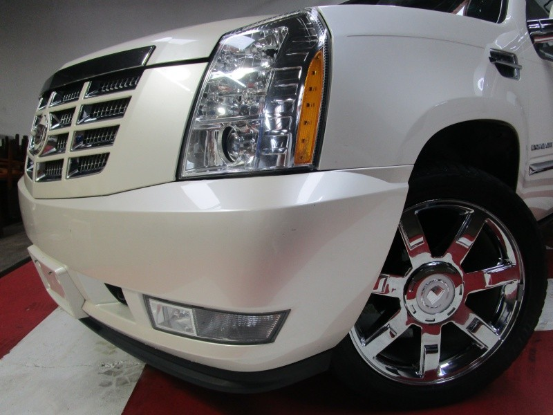 2010 Cadillac Escalade 2WD 4dr Premium *Fully Loaded* *$2000 Down WAC* *Everyone Approved*