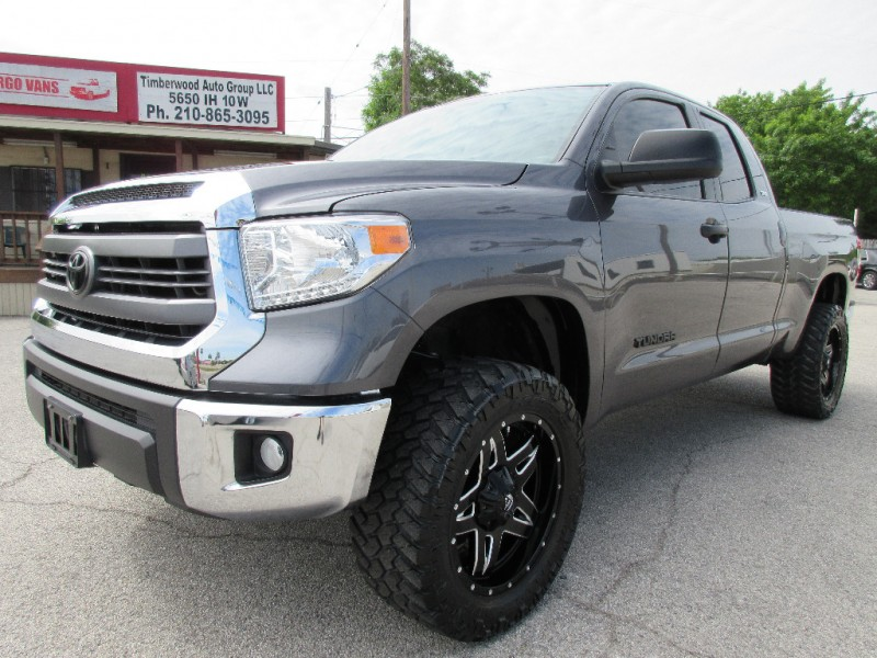 2014 Toyota Tundra Double Cab -LIFTED On 33s w/FUEL WHEELS!-Factory Warranty