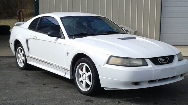 2001 Ford Mustang 2dr Cpe Standard