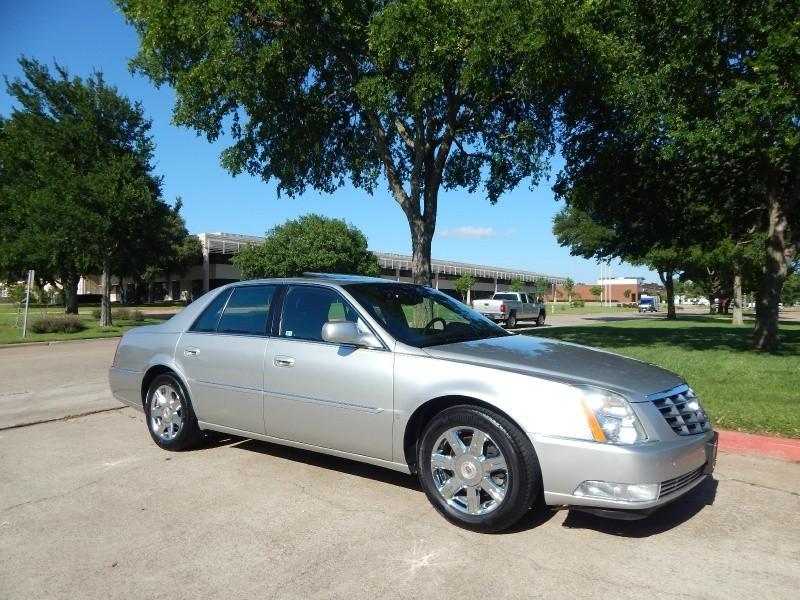 2007 Cadillac DTS LEATHER/ SUNROOF/ WEATHER PKG/ WARRANTY/ FINANCING