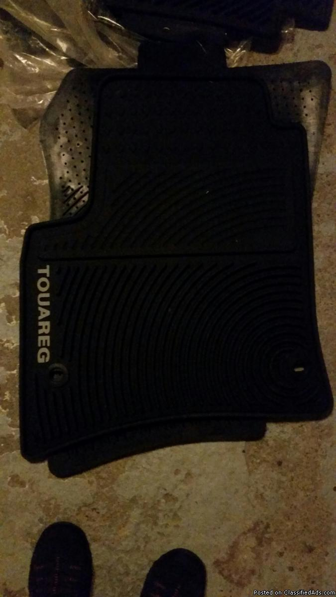 VW Toureg Winter Floor Mats - set of 4