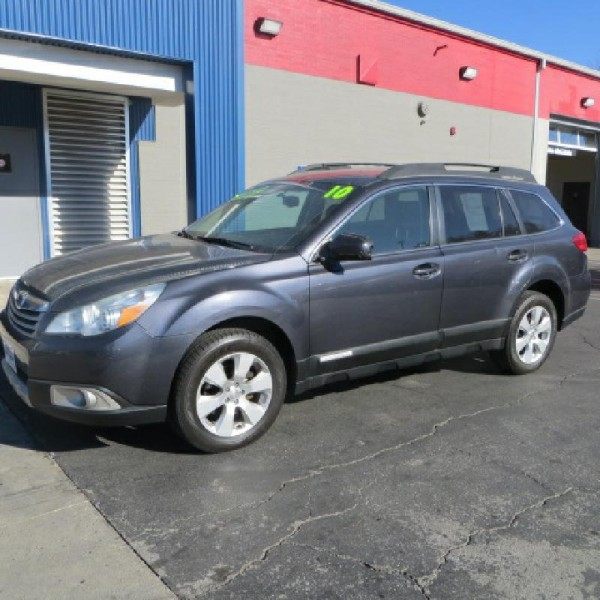 2010 Subaru Outback 4dr GUARANTEED APPROVAL $$ PRICE JUST LOWERED$$$$