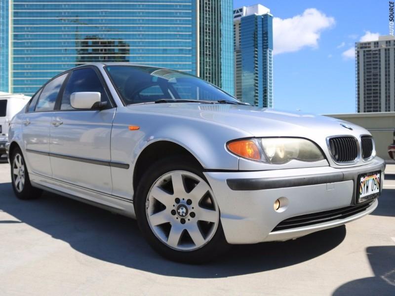 2004 BMW 3 Series 325i 4dr Sdn RWD