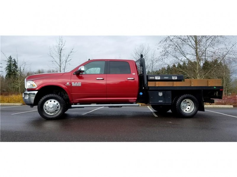 2015 Ram 3500 Crew Cab & Chassis Laramie Cab & Chassis 4D