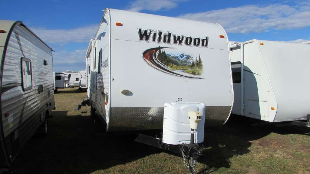 2013 Forest River Wildwood 27RLSS