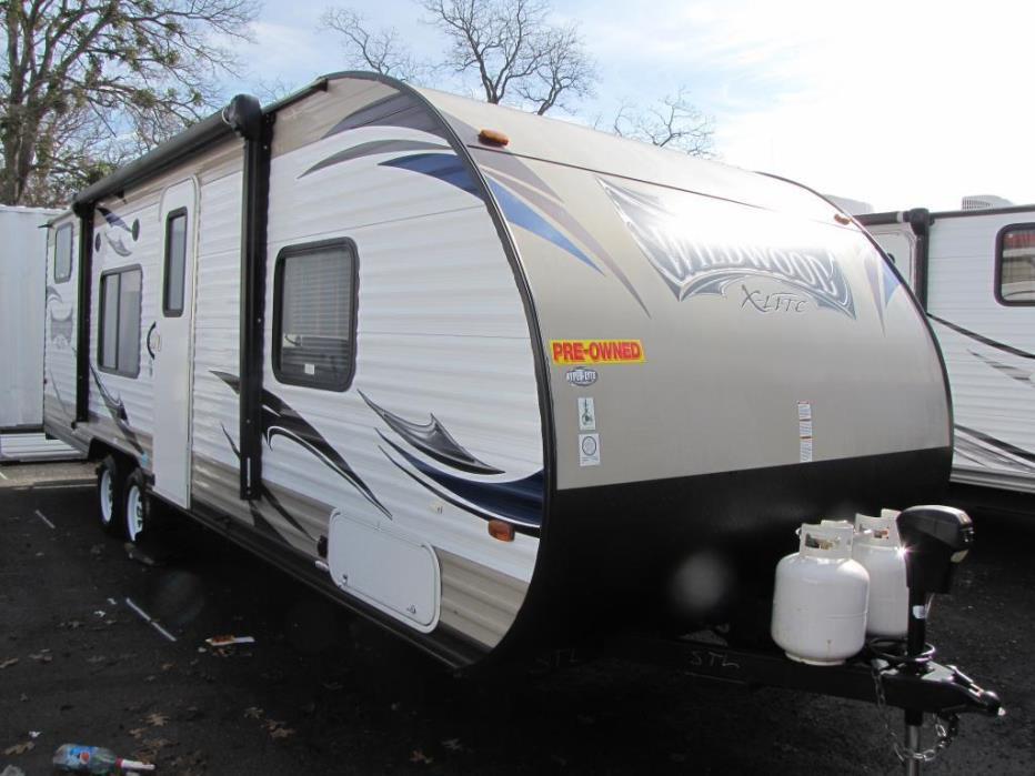 2015 Forest River Wildwood X-lite 261BHXL