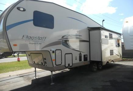 2016 Forest River Flagstaff Classic Super Lite 5th wheel 8528ikws