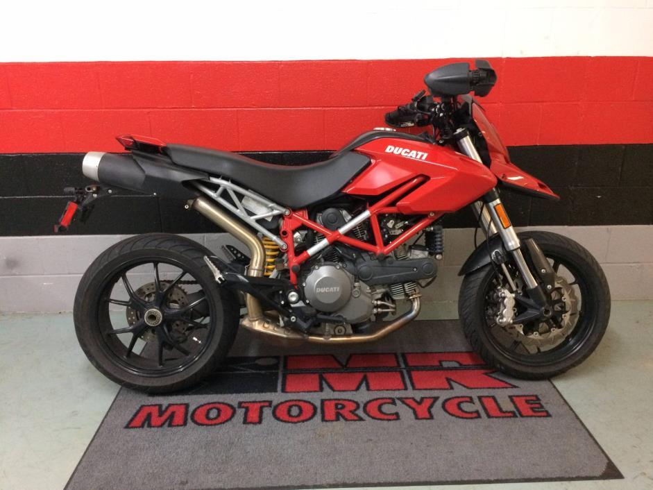 2011 Ducati Hypermotard 796
