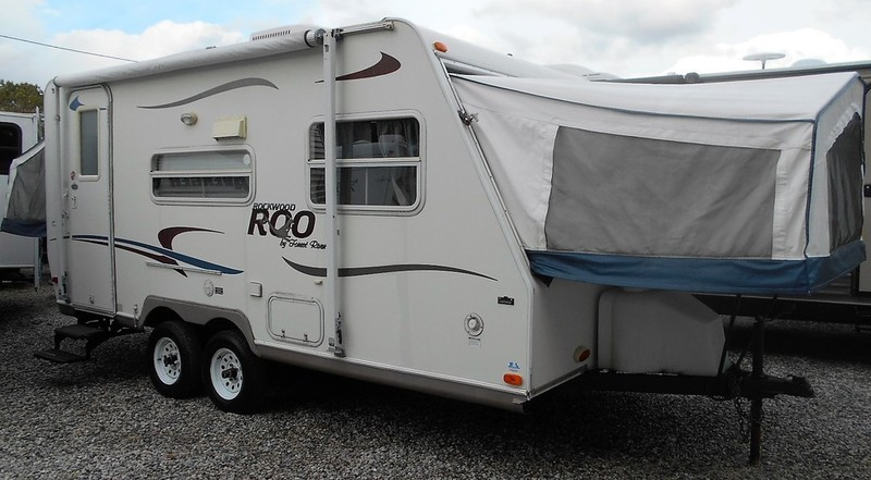 2004 Forest River Rockwood Roo 19