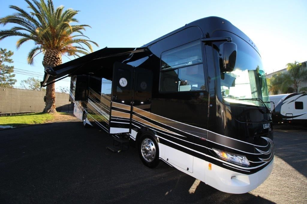 2017 Forest River Legacy 38C