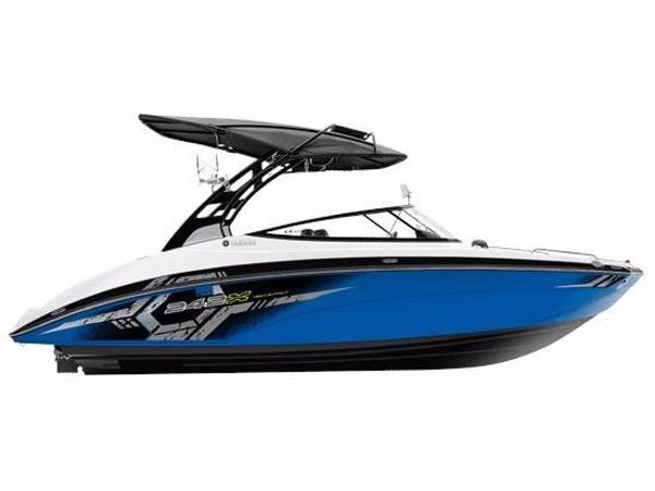 2017 Yamaha Sport Boat 242X E Series