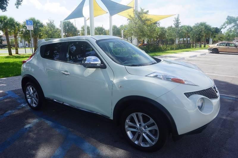 2012 Nissan JUKE SL 4dr Crossover CVT