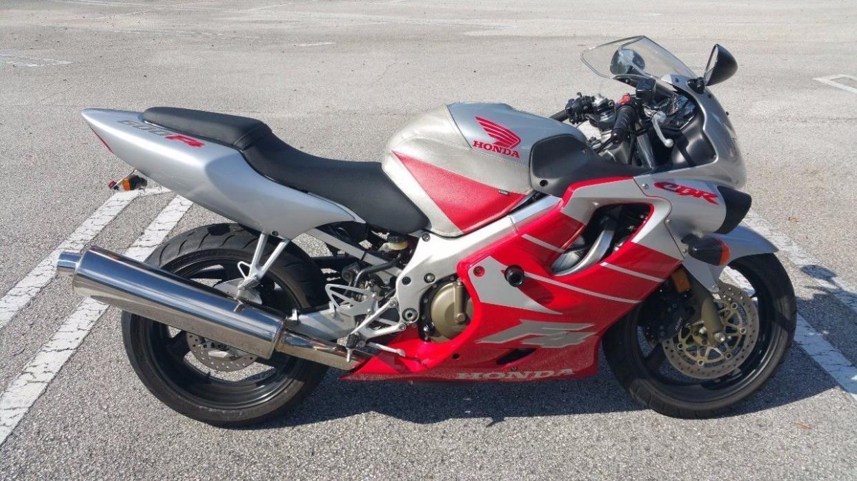 2000 Honda CBR 600F4