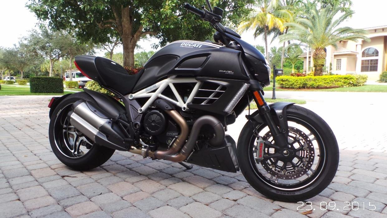 ducati diavel amg motorcycles for sale. Black Bedroom Furniture Sets. Home Design Ideas