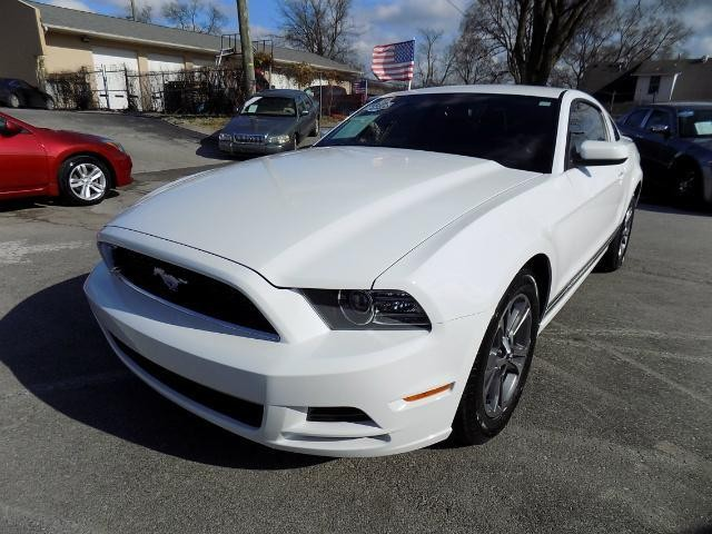 2014 Ford Mustang V6 Premium 2dr Coupe