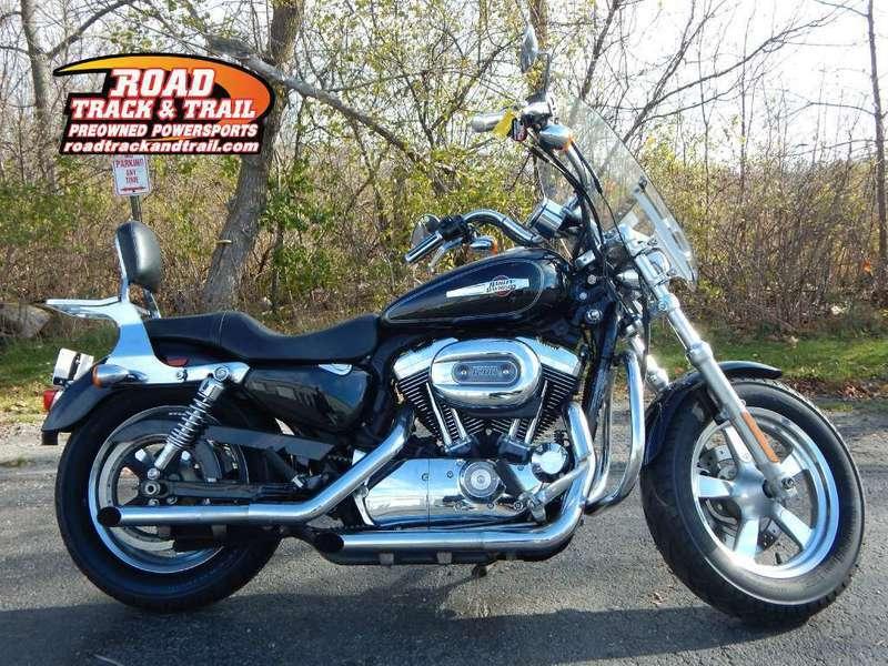 Harley Davidson: Harley Davidson Xl1200c Sportster 1200 Custom Motorcycles