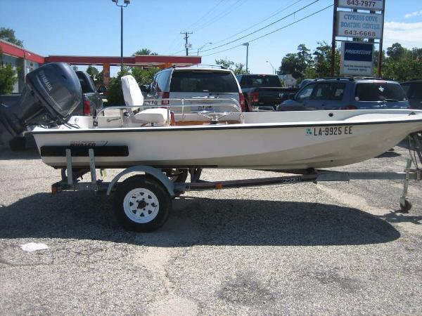 1988 Boston Whaler Tri Hull