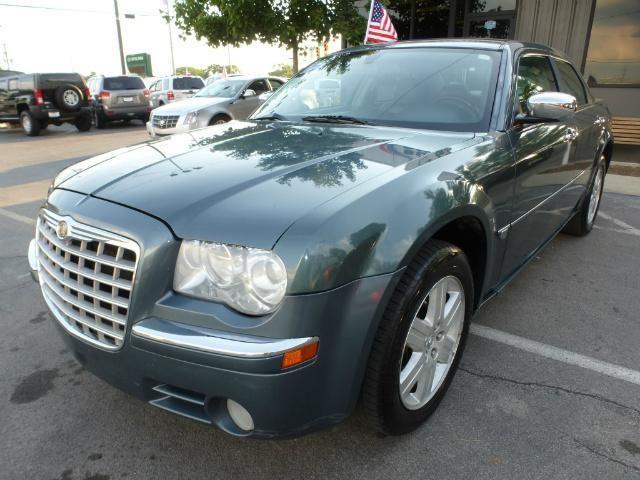 2006 Chrysler 300 C AWD 4dr Sedan