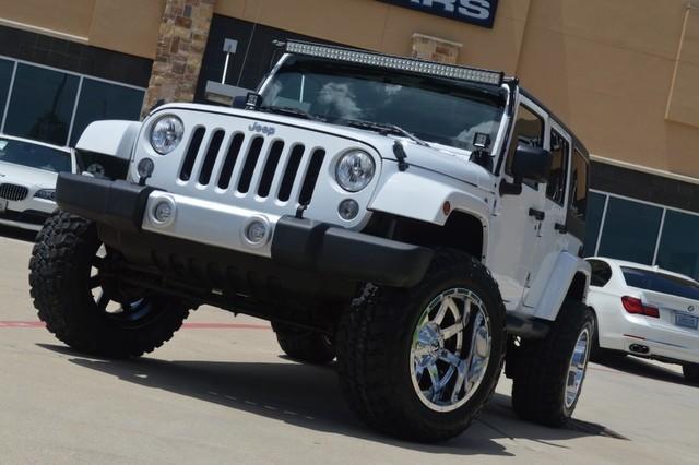 2015 Jeep Wrangler Unlimited Wrangler SAHARA * CUSTOM LIFT * 20X12 WHEELS * 4 LIFT