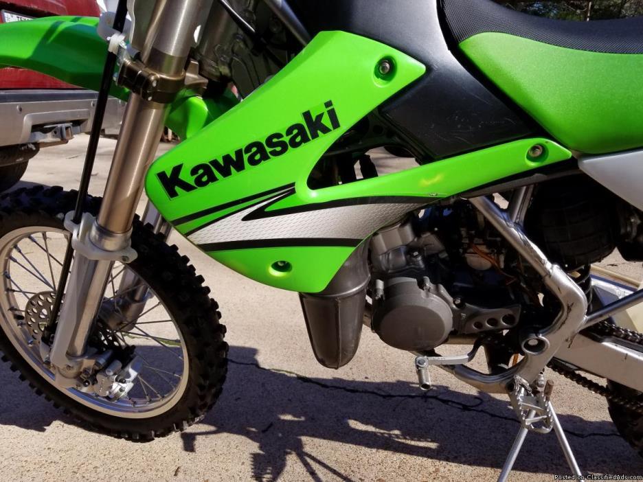 Kawasaki KX 85 Two Stroke Dirt Bike Moto Cross