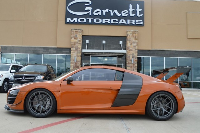 2011 Audi R8 5.2L COUPE * RARE EXOTIC CAR! OVER $200K INVESTED! MUST SEE!