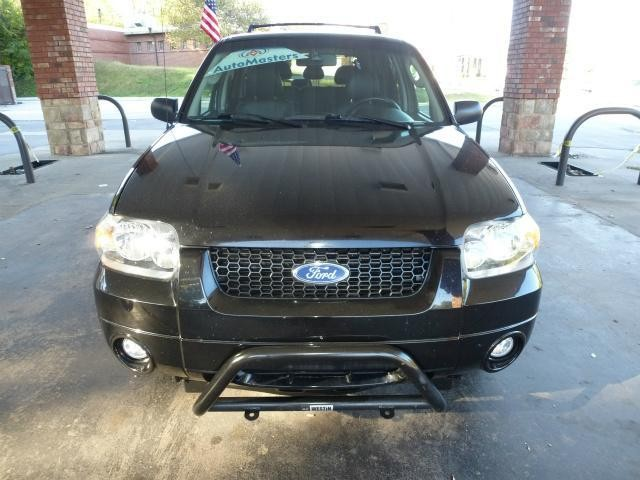 2007 Ford Escape Limited AWD 4dr SUV