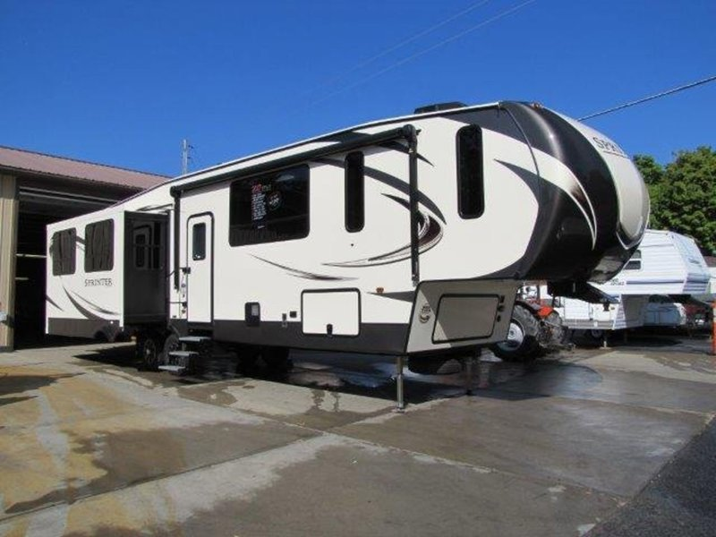 2017 Keystone Rv Sprinter Wide Body 357FWLFT