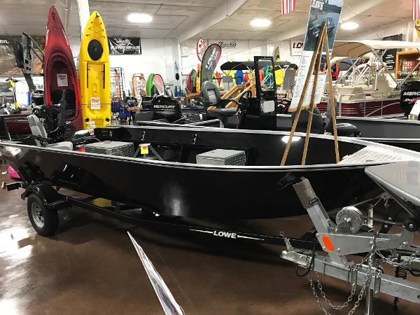 2016 RH Boats Pro V 18