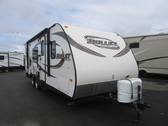2014 Keystone Bullet Ultra Lite 246RBS Two Entry Doors