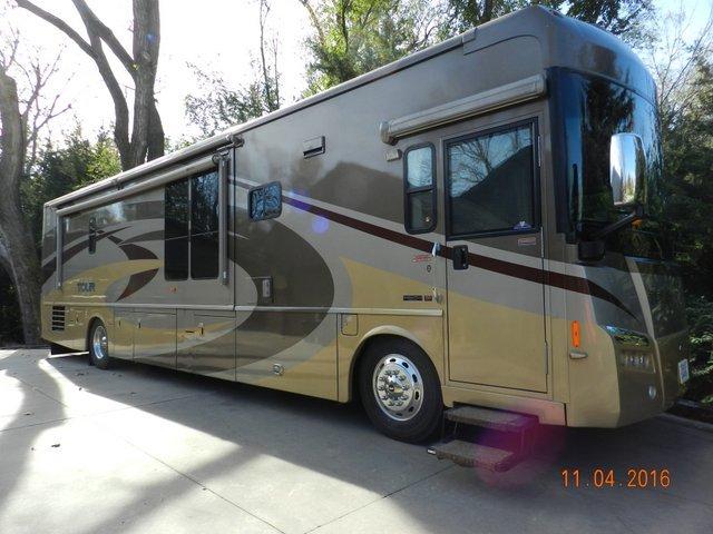 2007 Winnebago TOUR 40TD