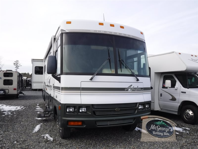 2002 Winnebago Adventurer 32V