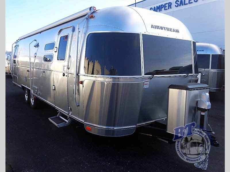 2017 Airstream Rv Flying Cloud 30 Twin