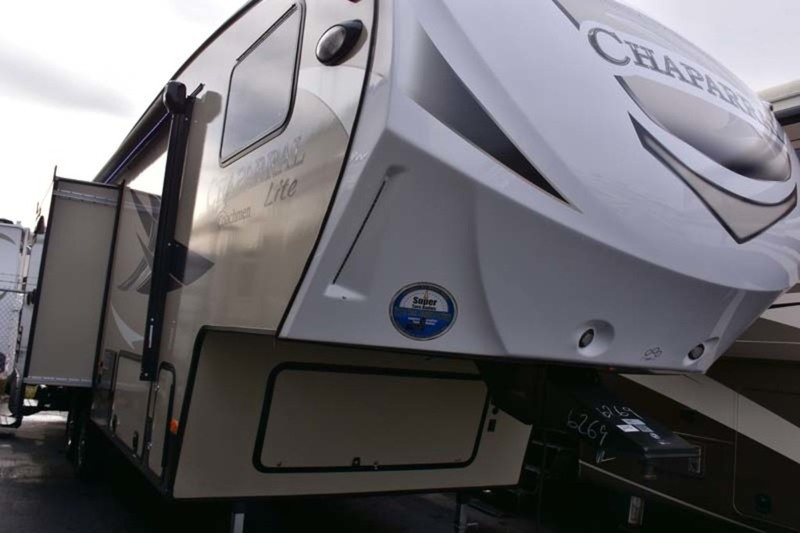 2017 Coachmen Chaparral 28RLS